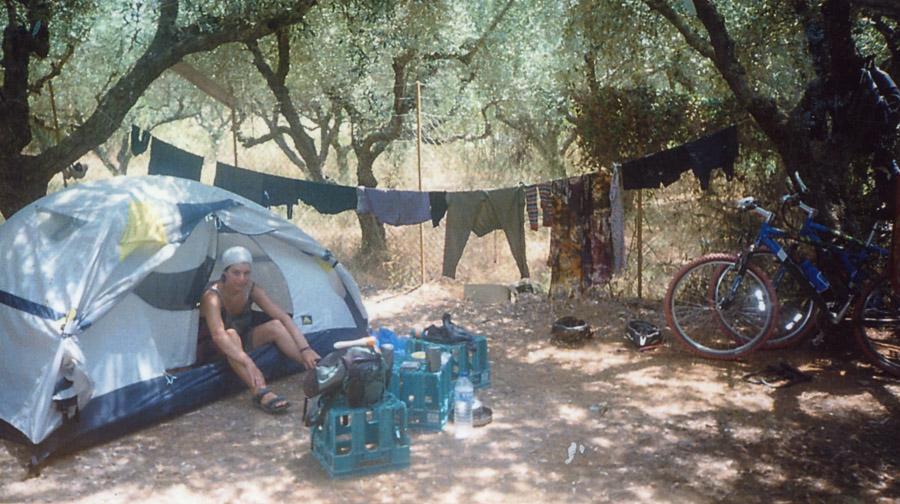 Campement de cyclotouristes en Crète