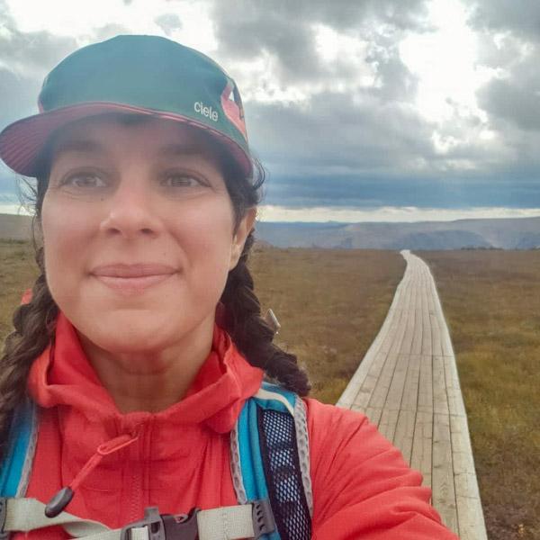 Julie Aubin hiking over Mount-Albert in Gaspesia